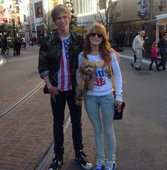 bella thorne kingston photos | bella thorne tristan klier kingston dec 20 2012 Bella Thorne Had Lunch ...