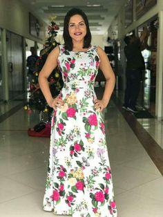 Vestidos Simple Dresses, Pretty Dresses, Casual Dresses, Fashion Dresses, Floral Maxi Dress, Dress Skirt, Dress Up, Floral Embroidery Dress, Dress Neck Designs