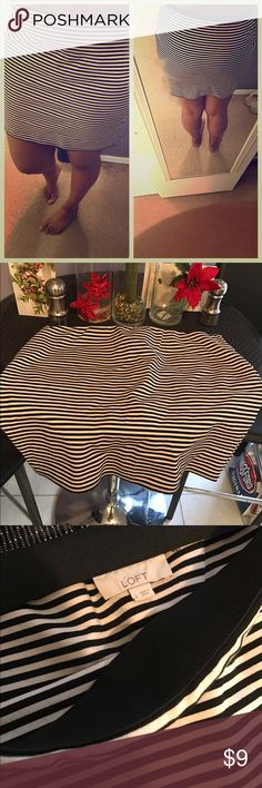 Black and white striped mini skirt stretch size L Cute mini nice with a t shirt or button down if wearing to work. Stretchy good quality LOFT Skirts Mini