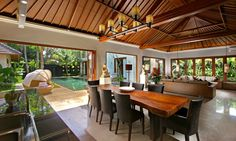 modern tropical house in bali Modern Tropical House, Tropical Interior, Tropical Houses, Tropical House Design, Thai House, Beautiful Dining Rooms, Beautiful Homes, House Beautiful, Bali Style Home