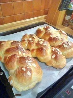 Τσουρέκι μοναδικό Bread, Recipes, Food, Rezepte, Breads, Food Recipes, Bakeries, Meals, Recipies