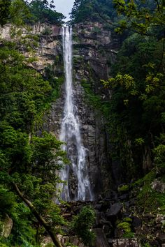 Photo Nachi-no-Otaki waterfall par Emmanuel Alpe on 500px