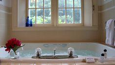Sunset, double whirlpool tub. #bramptoninn #bedandbreakfast