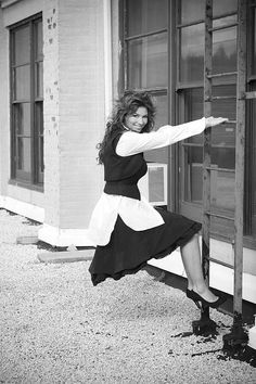 See Shania Twain pictures, photo shoots, and listen online to the latest music. Famous Country Singers, Country Musicians, Country Music Artists, Hottest Female Celebrities, Hollywood Celebrities, Celebs, Country Music News, Country Music Stars, Shania Twain Pictures