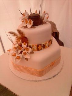 Lebo s cake, Beaded Wedding Cake, Zulu Wedding, Zulu Traditional Wedding, Traditional Cakes, Beautiful Birthday Cakes, Amazing Wedding Cakes, Themed Wedding Cakes, Wedding Cake Toppers, African Wedding Cakes