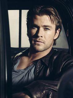 Chris Hemsworth, por Andrew MacPherson