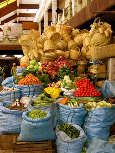 Vegetable Markets in Bolivia Latin America, South America, Street Food Market, Spanish Speaking Countries, Traditional Market, Travel Box, World Market, Cool Photos, Amazing Photos