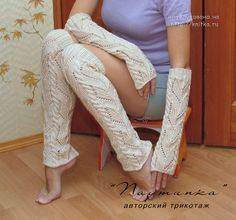 Вязаные спицами гетры и митенки. Комплект Олива Crochet Gloves Pattern, Knit Crochet, Mitten Gloves, Mittens, Thigh Socks, Jumpsuit Outfit, Boot Cuffs, Knitting Socks, Hand Warmers
