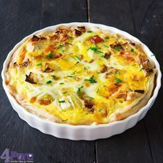 Prei quiche met geitenkaas en walnoot Healthy Quiche, Vegetarian Quiche, Oven Dishes, Leek Quiche, Frittata, Wine Shipping, Shipping Boxes, Feel Good Food, Love Food