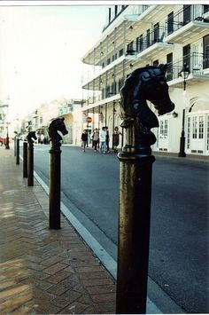 Horse Topped Hitching Posts - French Quarter, New Orleans. Will look for this the end of March when we go. Louisiana History, Louisiana Homes, New Orleans Louisiana, Mardi Gras, Great Places, Places To See, New Orleans Vacation, Hitching Post, New Orleans French Quarter