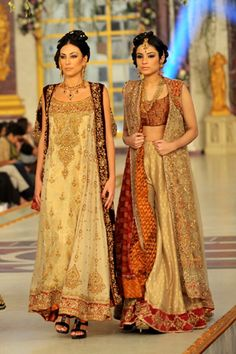 Complete Collection - Photo 4: Pakistani Bridal Collection by Aisha Imran, #pantenebridalcoutureweek2013 #bridalcouture http://www.fashioncentral.pk/pakistani/ramp/review-1263-aisha-imran-collection-at-pantene-bridal-couture-week-2013-day-3/complete-collection/