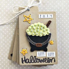 Halloween Mini Album by Heather Nichols for Papertrey Ink (August 2016)