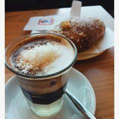 Merenda!!! #dersut #caffécocco #brioches #love #life #instamoment #instasquare #instalife #instalove #pomeriggiodistudio #coffé #time #happyhour #analcolico