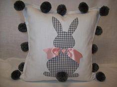Items similar to Bunny Pillow Easter Pillow Seasonal Pillow on Etsy - Nahen Pillow Crafts, Diy Pillows, Decorative Pillows, Throw Pillows, Bunny Crafts, Easter Crafts, Holiday Crafts, Easter Pillows, Diy Ostern