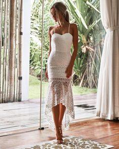 White Beach Wedding Dresses, Garden Wedding Dresses, Backless Wedding, Dress Wedding, White Bridal Shower Dress, Beach Formal Dresses, Dress For Beach, Vestido Strapless, Fashion Vestidos