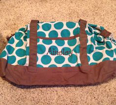 Thirty One Retro Metro Weekender in Teal Mod Dot with Brown personalization. wwwymythirtyone.com/amywatkins