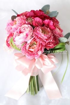 Wedding bouquets pink peonies magazines Ideas for 2019 Pink Green Wedding, Purple Wedding Flowers, Flower Bouquet Wedding, Floral Wedding, Beautiful Flowers, Purple Bouquets, Pink Bouquet, Floral Bouquets, Bridal Bouquets