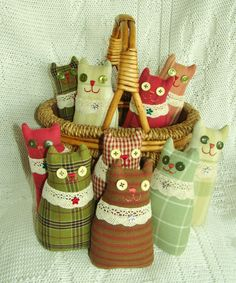 Pincushion Cat Homespun Prim Softie and Basket by pollywogpatterns, $6.50