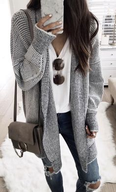 Grey cardi, ripped jeans
