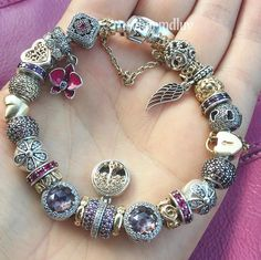 Not so easy taking pictures in a moving car Got myself a matching pink Filofax so I can visit some clients with style#pandorabracelets #pandoraaddict #pandoracharms #pandoramoments #pandorabracelet #mybracelet #lovejewelry #blingbling #familytree #pink #gold #silver #filofax #meeting #sunnyday #colorful