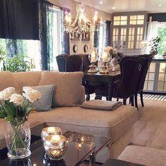 #Repost @home_by_hege #louisvingestolsort fra @classicliving #interior #interiordesign #interiordecor #livingroom #roses #spisestue