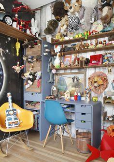 Um apê moderno para uma família independente. Veja: http://www.casadevalentina.com.br/projetos/detalhes/um-ape-moderno-para-uma-familia-independente-620 #decor #decoracao #interior #design #casa #home #house #idea #ideia #detalhes #details #style #estilo #modern #moderno #casadevalentina #kids #infantil