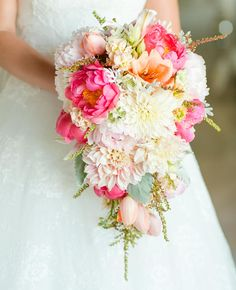 13 Modern Cascading Wedding Bouquets | Photo by: Photo: Set Free Photography | TheKnot.com