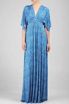 Want. But like the bamboo print which only in plus sizes. Queen Latifah wearing Friday, 5/16 show.