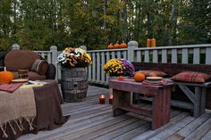 Keeping up with the times: Entertaining on the deck in autumn