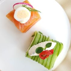 How gorgeous are these cute sandwiches.. part of the afternoon tea @sofitelthepalm AED 180 for two.