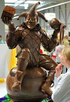 amazing chocolate sculpture!