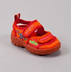 Elmo Water Shoe. I want these for Muri!