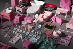 HELLOKITTY dollhouse  a project of more than thousand of furniture's objects..