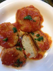 Pallotte cac'e ove - Eggs and cheese balls from Abruzzo