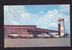 1950's CARS BRYAN TEXAS CLAYTON'S RESTAURANT VINTAGE ADVERTISING POSTCARD CAFE
