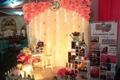 Backdrop photobooth wedding, ig @akasia_art