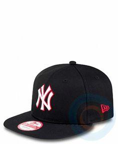 075afa42aa9e1 Gorra New Era Primary Fan NY Yankees 9FIFTY Snapback. Cómprala en nuestra  tienda online  www.roundtripshop.com