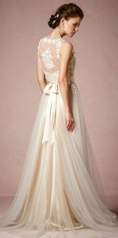 Gorgeous wedding gown by @BHLDN http://www.theperfectpalette.com/2015/03/shop-look-wedding-pretties-by-bhldn.html