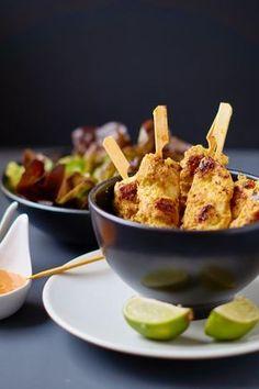 Saté Spieße mit Erdnuss Curry Sauce