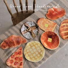 タオルハンカチ おいしいパンのプリントで、毎日を楽しい気分に。パンリアルモチーフ今治タオルハンカチ