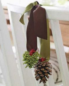 Quick and Easy Homemade Christmas Decorations - Pretty Pinecones - Click pic for 25 Inexpensive Christmas Decor Ideas