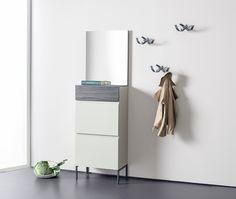 Selbst für kleine oder komplizierte Räume bietet Sudbrock schicke und außergewöhnliche Lösungen. #ideenhaus #rodemann #bochum #sudbrock #tando #garderobe #flur #diele #möbel #furniture #einrichtung #interiordesign #raumgestaltung #ideen #inspiration #creativity #lifestyle #deco #accessoires #design #atmosphere #kitchen #küchen #fashion #mode #kleidung #wohnfühlen #home #zuhause #ruhrgebiet - Reklame Interiordesign, Filing Cabinet, Storage, Inspiration, Home Decor, Fashion Styles, Home, Clothing Apparel, Purse Storage