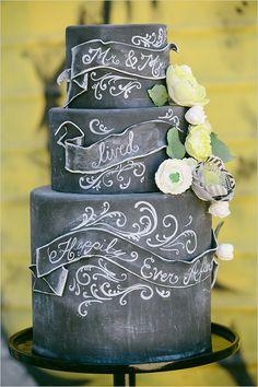 Chalkboard wedding cake idea, scrolls and paper flowers Bolo Chalkboard, Chalkboard Wedding, Fall Wedding, Rustic Wedding, Dream Wedding, Perfect Wedding, Foil Stamped Wedding Invitations, Black Wedding Cakes, Festa Party
