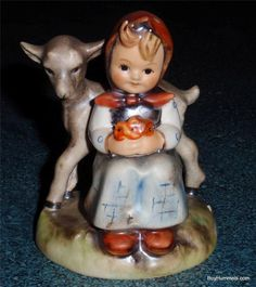 "ADORABLE ""Good Friends"" Goebel Hummel Figurine #182 TMK5 Girl With Lamb"