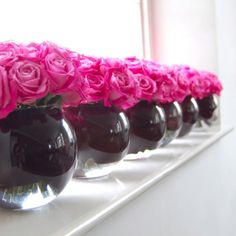 Art The Pink Wedding Guide: Pink and Black Wedding Inspiration wedding-ideas Pink Roses, Pink Flowers, Elegant Flowers, Lavender Flowers, Pink Black Weddings, Wedding Black, Orange Wedding, Black Centerpieces, Flower Centerpieces