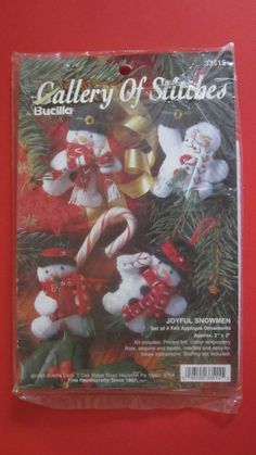 "Joyful Snowmen Felt Applique Ornaments Kit 33515 Bucilla 2"" x 2"" Makes 4  #Bucilla"
