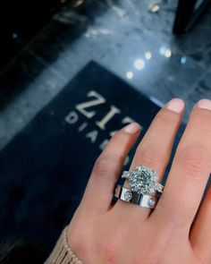 Just the top ring not a fan of the bottom Ear Jewelry, Cute Jewelry, Jewelery, Radiant Engagement Rings, Dream Engagement Rings, Large Wedding Rings, Purple And Gold Wedding, Cartier Love Ring, Diamond Are A Girls Best Friend