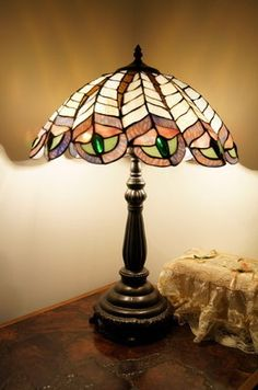 """Amazing 16"""" Staind Glass Peacock Style Tiffany Table Lamp RRP $269 