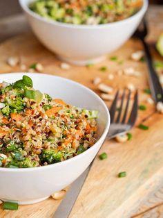 Thai Veggie Quinoa Bowl Recipe {Gluten-Free, Vegan}