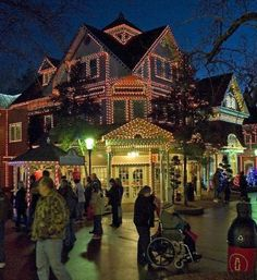 Temperature In Pigeon Forge Tennessee >> Gatlinburg, Tennessee Christmas   Gatlinburg and Pigeon ...